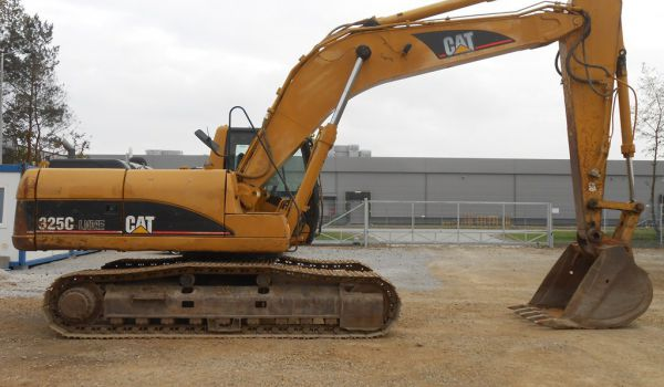 CATERPILLAR 325 CLN